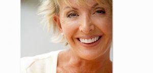 smilingwoman700